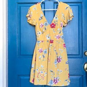 Mustard/ Floral Print Short-Sleeved V-neck Dress